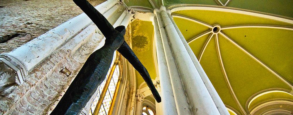 Neues Kreuz in der Zionskirche (Foto: Sylvia Landeck)